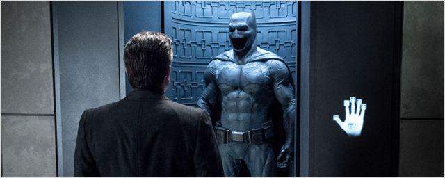 Batman V Superman : découvrez la Batcave dans un concept art
