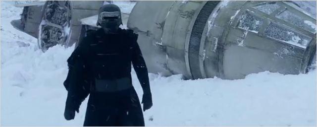 Star Wars : Kylo Ren visite le Faucon Millénium dans le teaser des scènes coupées