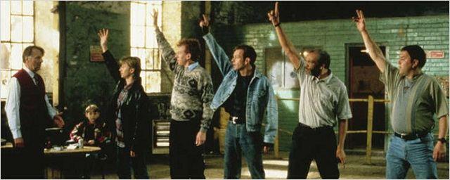 """""""The Full Monty"""" ce soir sur 6ter : Danny Boyle pressenti à la réalisation, Robert Carlyle second choix, projet de suite... Tout sur le film !"""