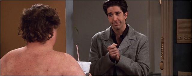 """Friends : on a enfin trouvé qui jouait """"le gros tout nu"""" !"""