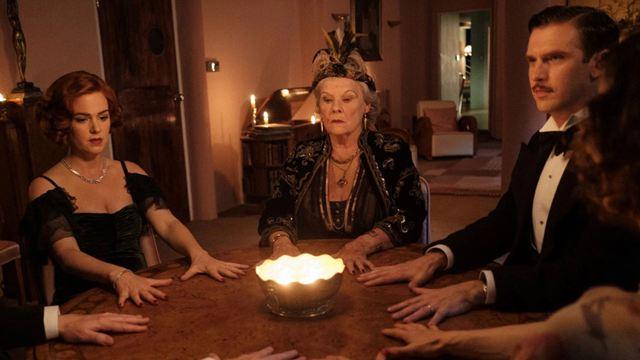 L'esprit s'amuse sur CANAL+ : 3 choses à savoir sur le film avec Dan Stevens, Leslie Mann, Judi Dench...