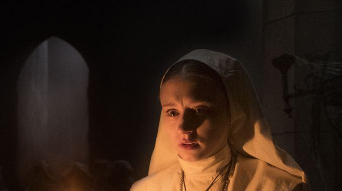 Photo 1 pour La Nonne