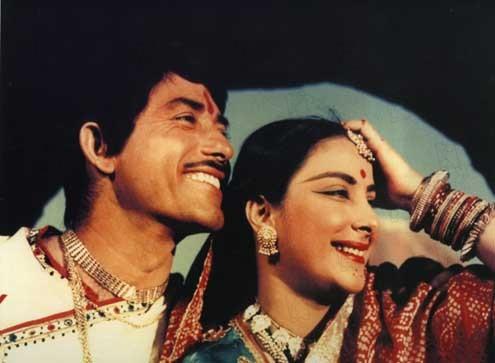 Mother India : Photo Mehboob Khan, Nargis, Raaj Kumar