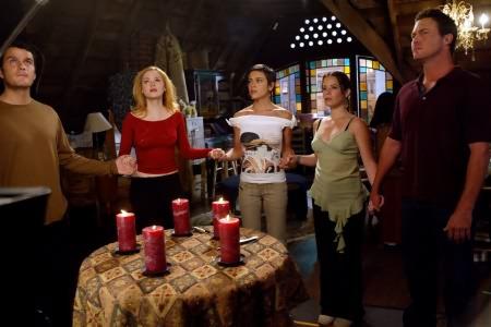 Charmed : Photo Alyssa Milano, Brian Krause, Holly Marie Combs, Jason Lewis, Rose McGowan