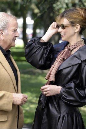 Commissaire Cordier : Photo Florence Pernel, Pierre Mondy