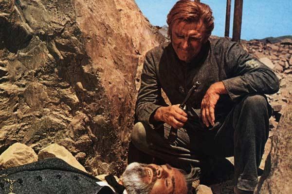 """Résultat de recherche d'images pour """"le reptile film Kirk Douglas"""""""