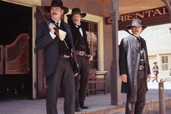 Wyatt Earp : Photo Kevin Costner, Lawrence Kasdan, Linden Ashby, Michael Madsen