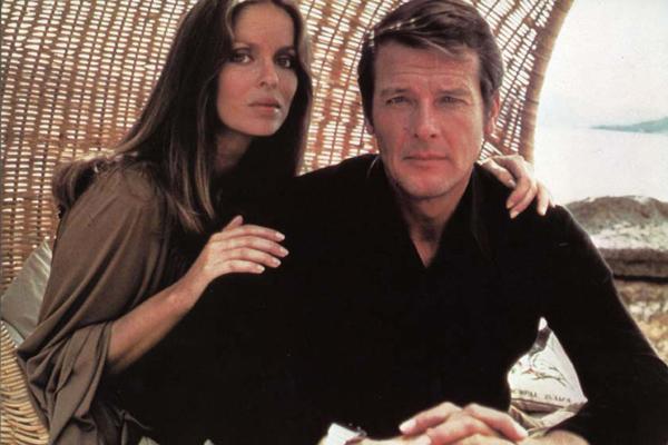 L'espion qui m'aimait : Photo Barbara Bach, Roger Moore