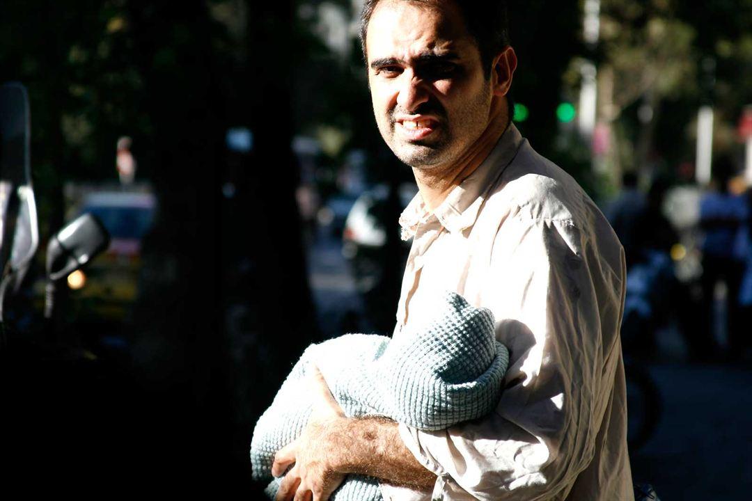 Téhéran: Nader T. Homayoun