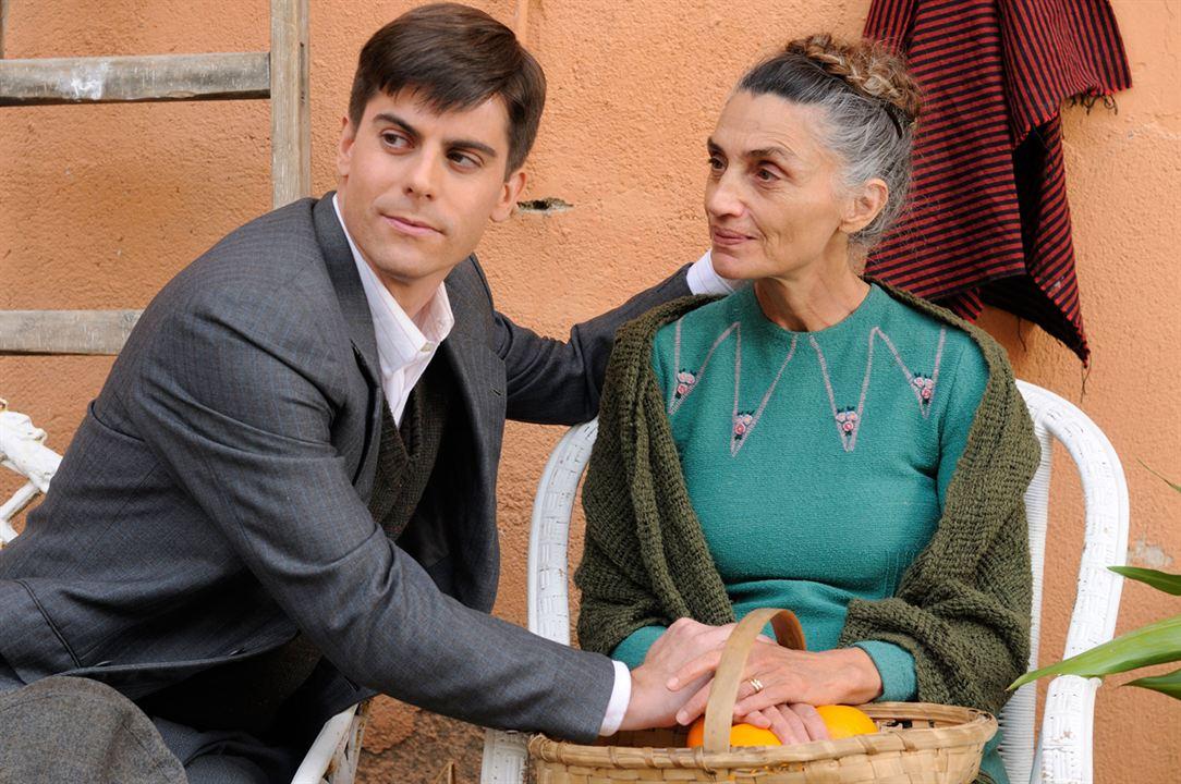 Miel de naranjas: Iban Garate, Ángela Molina