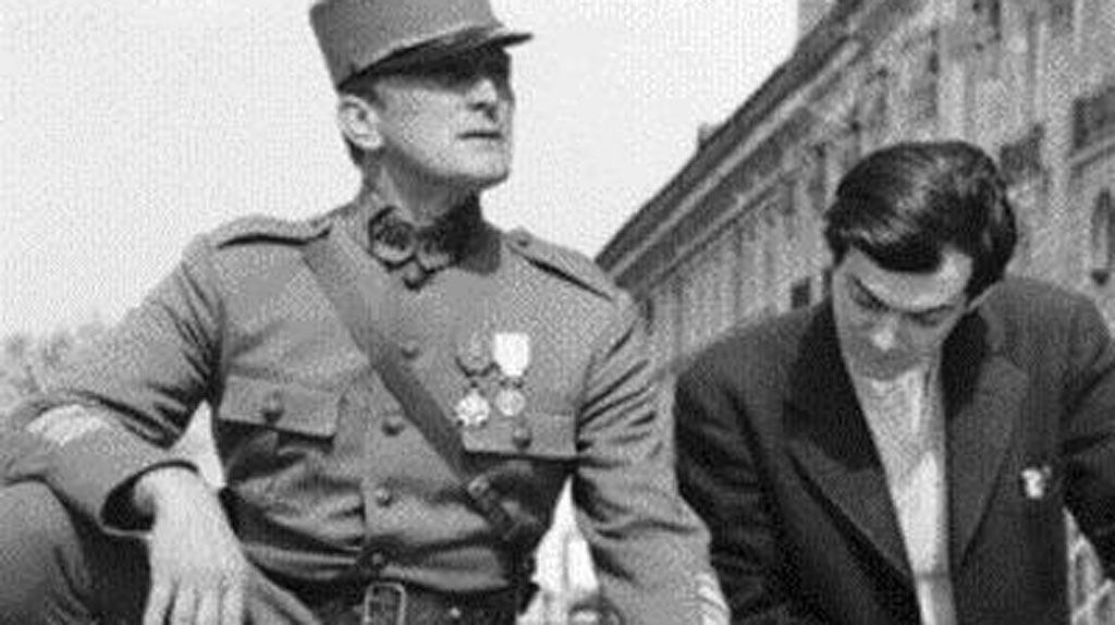 Kirk Douglas et Stanley Kubrick au travail sur Les Sentiers de la Gloire