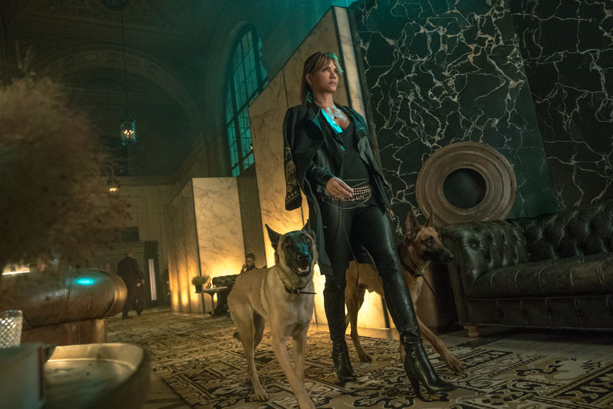 John Wick 3: Parabellum avec Keanu Reeves, Halle Berry...
