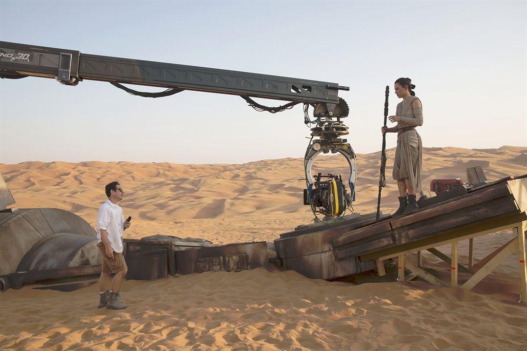 Star Wars - Le Réveil de la Force : Photo promotionnelle Daisy Ridley, J.J. Abrams