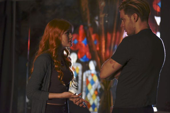 Photo Dominic Sherwood, Katherine McNamara