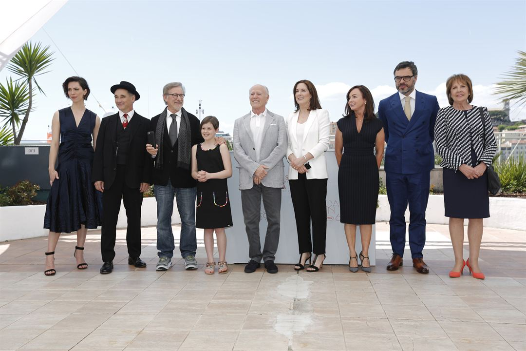 Le BGG – Le Bon Gros Géant : Photo promotionnelle Jemaine Clement, Mark Rylance, Rebecca Hall, Ruby Barnhill, Steven Spielberg
