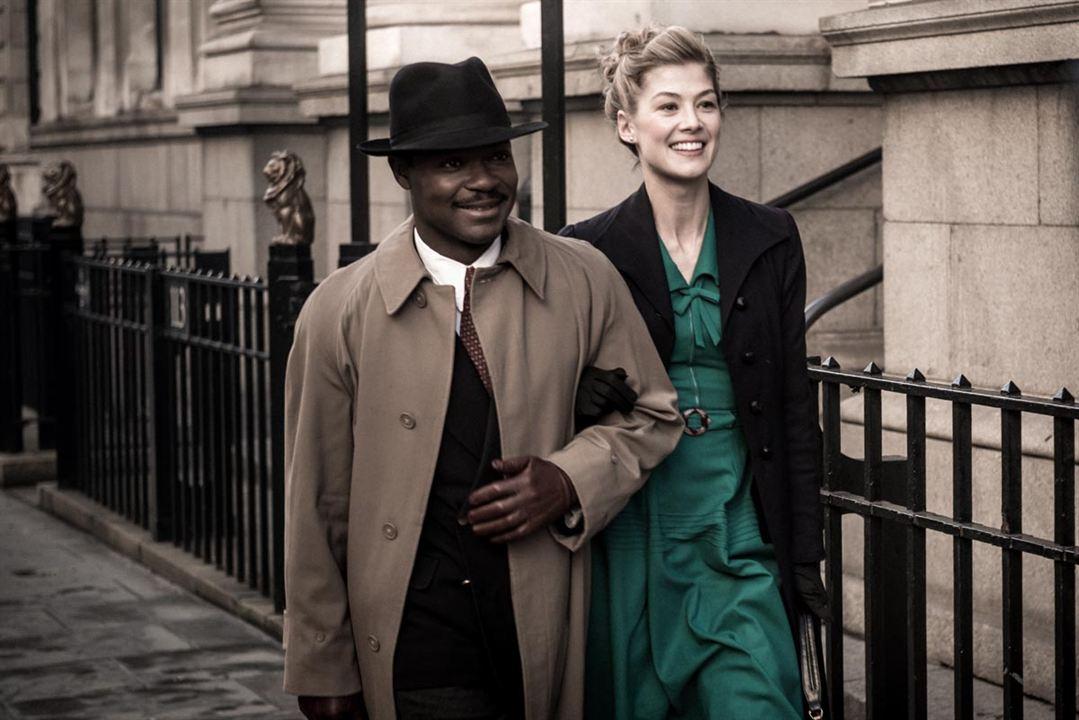 A United Kingdom: Rosamund Pike, David Oyelowo