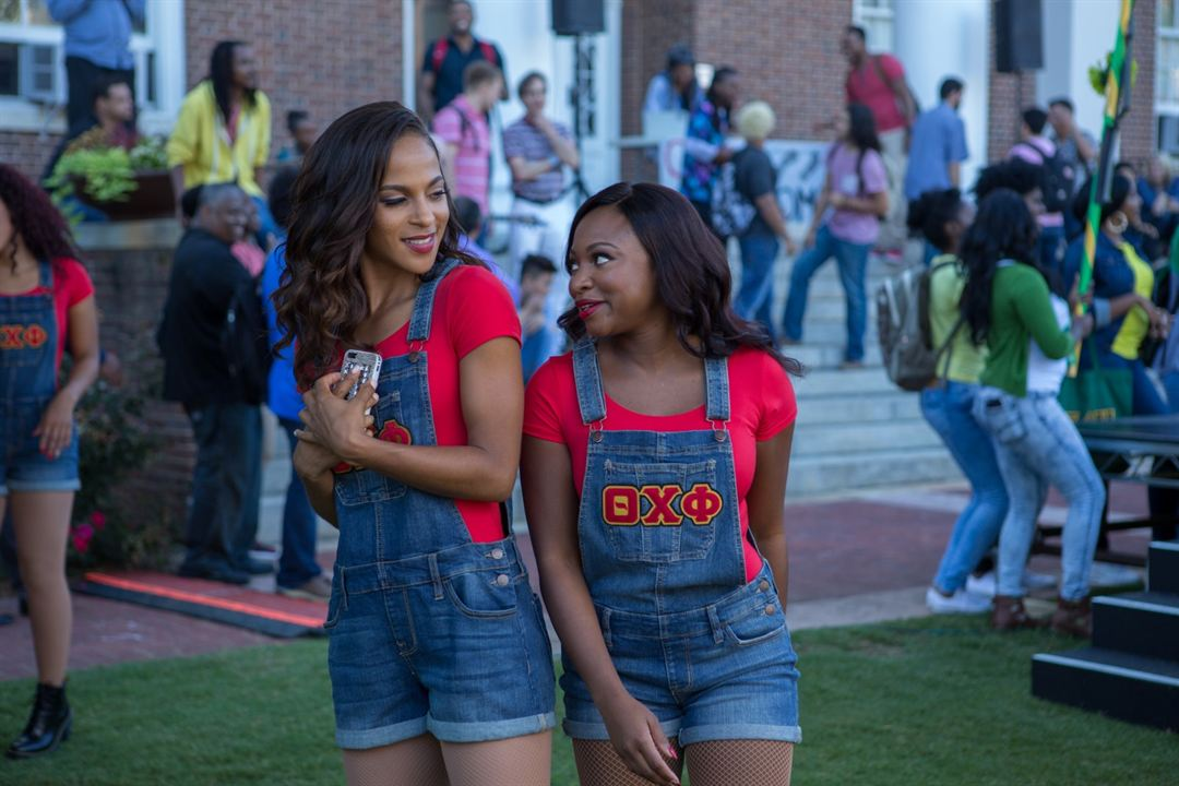 Step Sisters : Photo Megalyn Echikunwoke, Naturi Naughton