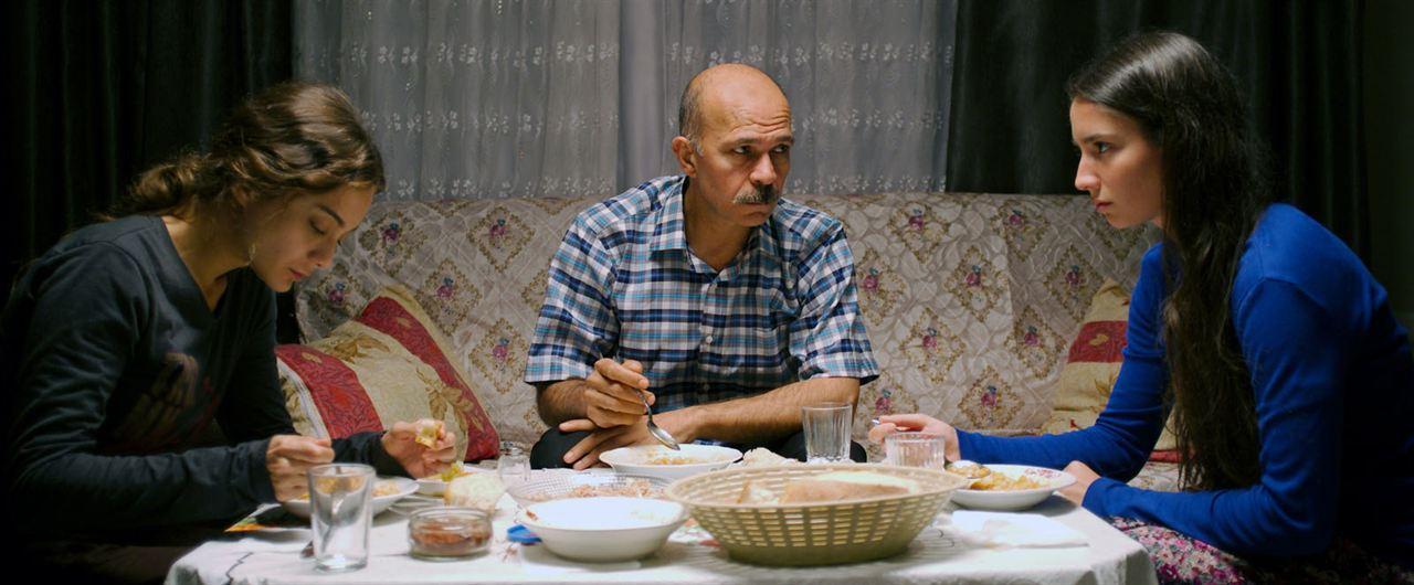 Sibel : Photo Damla Sönmez, Elit Iscan, Emin Gürsoy