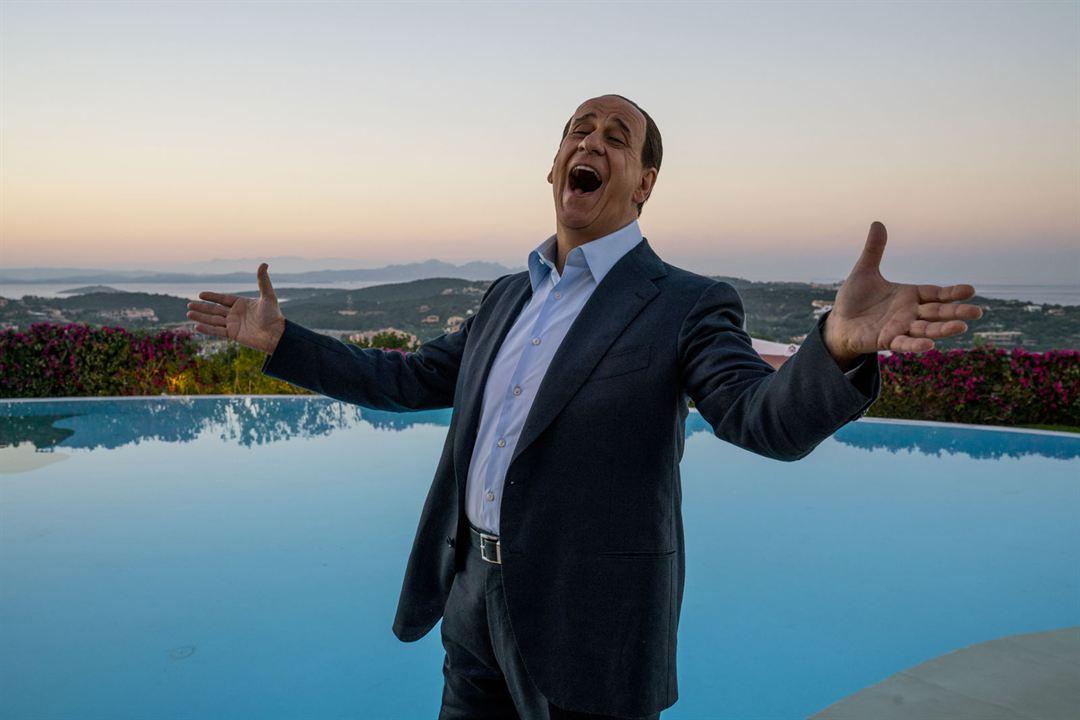 Silvio et les autres: Toni Servillo