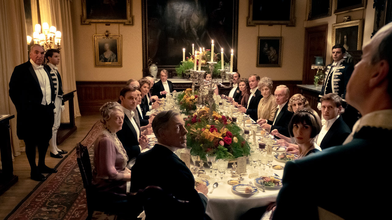 Downton Abbey : Photo Hugh Bonneville, Imelda Staunton, Jim Carter, Kate Phillips, Laura Carmichael