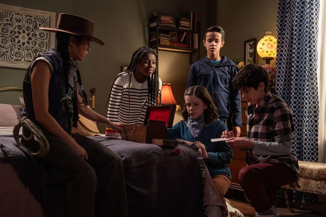 Photo Amadi Chapata, Hannah Levinson, Isaac Arellanes, Justin Sanchez, Meghan Swaby