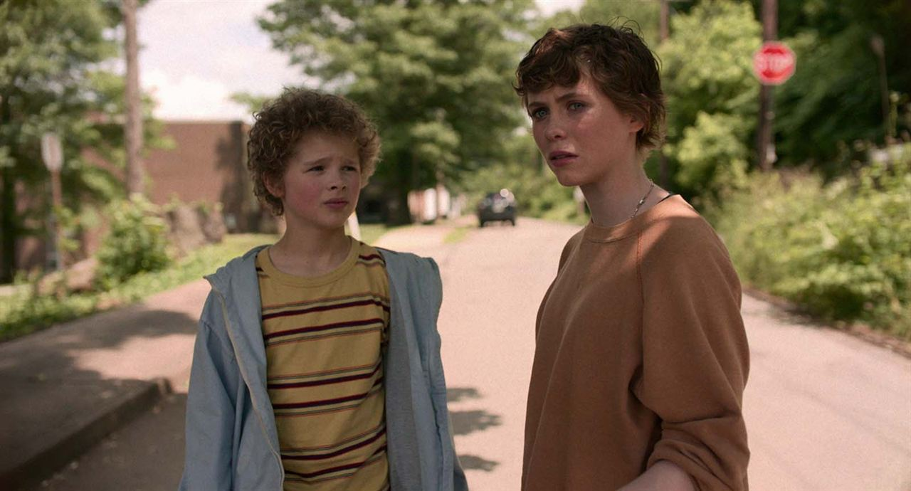 Photo Aidan Wojtak-Hissong, Sophia Lillis