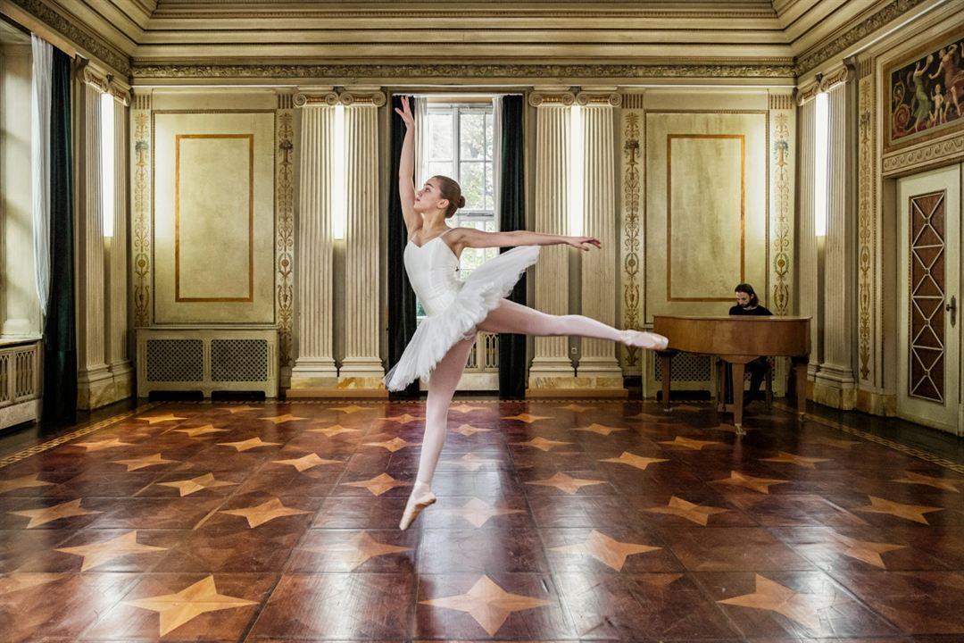 Into the Beat: Alexandra Pfeifer